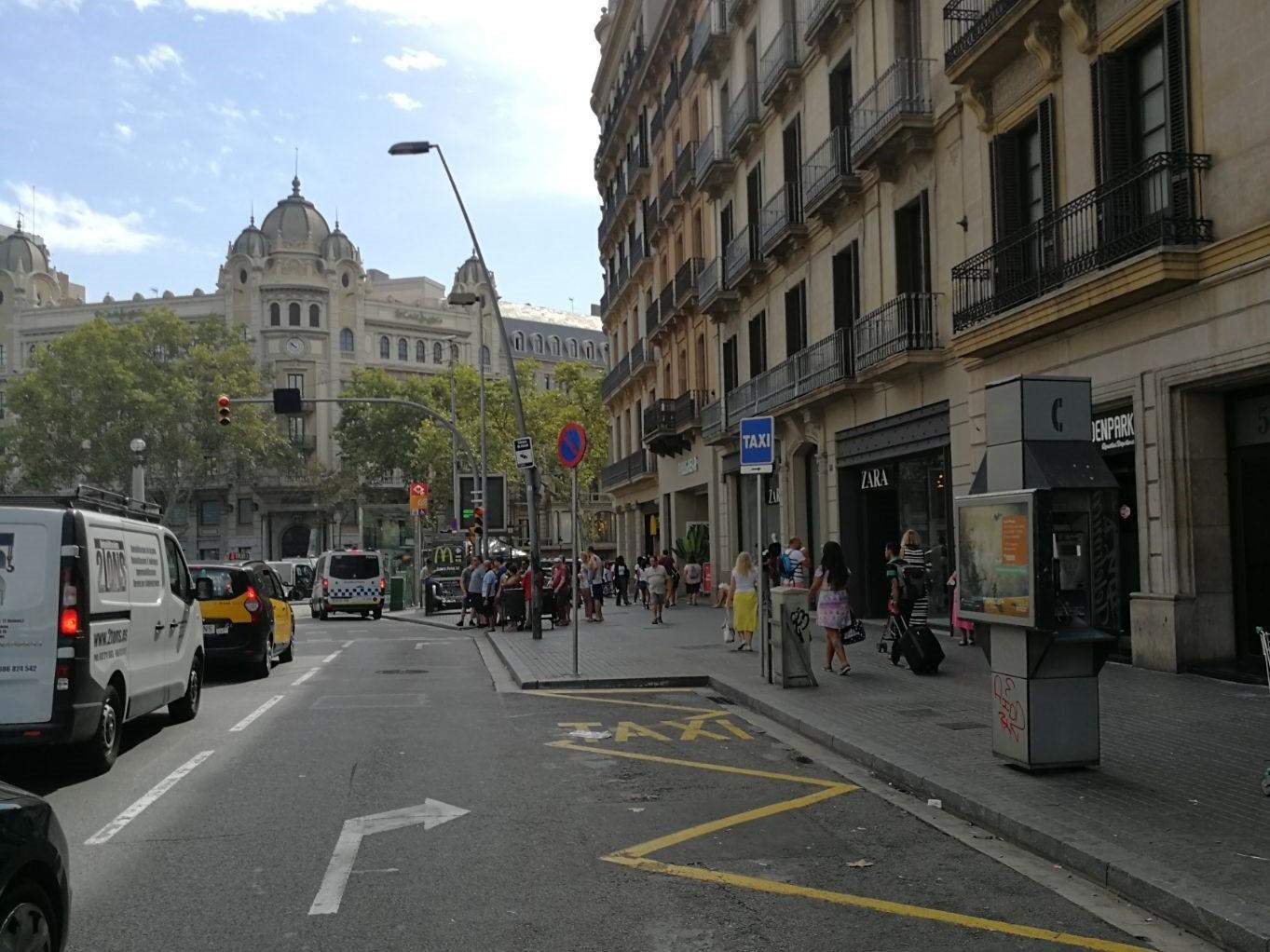 Parada de taxis carrrer de Pelai, 56_agost17